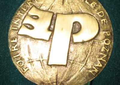 Nagrody i wyróżnienia 8